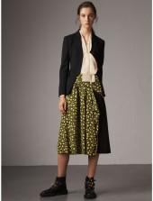 Burberry Zip Detail Floral Silk Draped Skirt