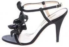Oscar de la Renta Jewel-Embellished T-Strap Sandals
